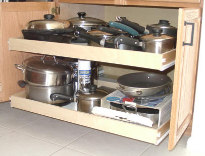 Charmant Custom Pull Out Sliding Shelves That Slide For Your Kitchen Cabinets